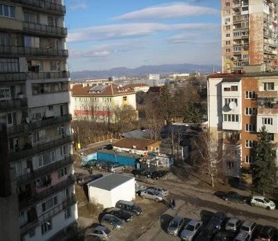 Двустаен апартамент, София, Толстой