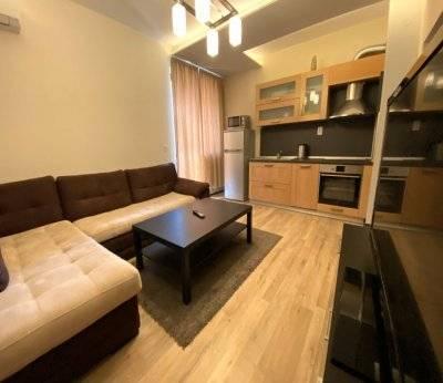 Двустаен апартамент, Плевен, Център