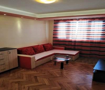 Тристаен апартамент, Пловдив, Младежки хълм 0